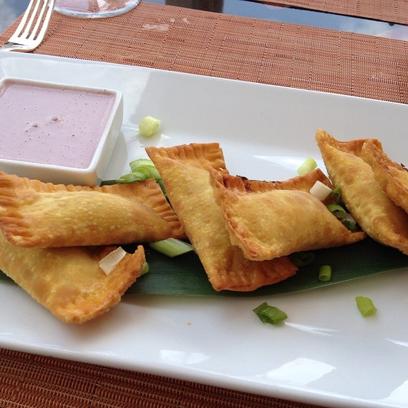 Chicken Wontons With Olive Dipping Sauce - Panorama Restaurant & Sky Lounge at Sonesta Bayfront Hotel Coconut Grove, Coconut Grove, FL
