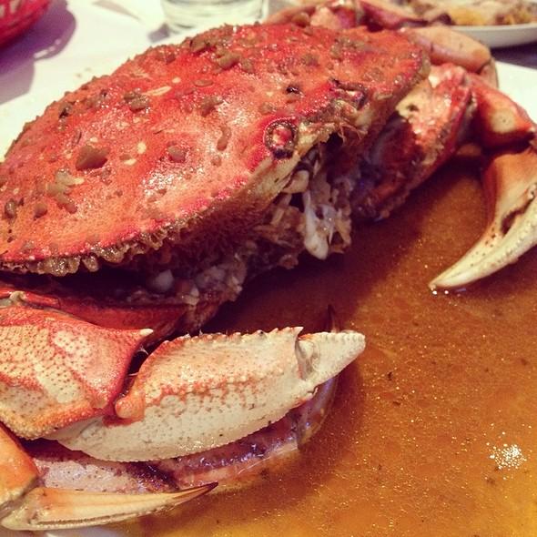 Dungeness Crab @ Red Crawfish