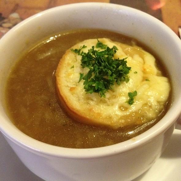 Onion Soup @ Dolce Vita