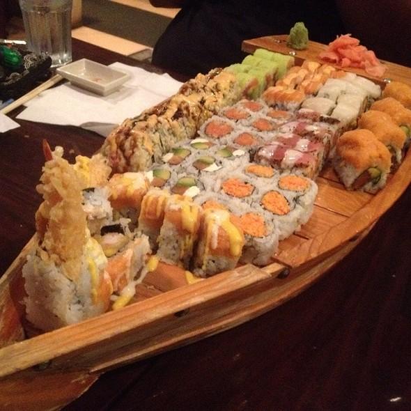Sushi Boat (various Sushi)
