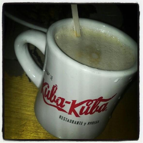 Café Con Leche @ Kuba Kuba
