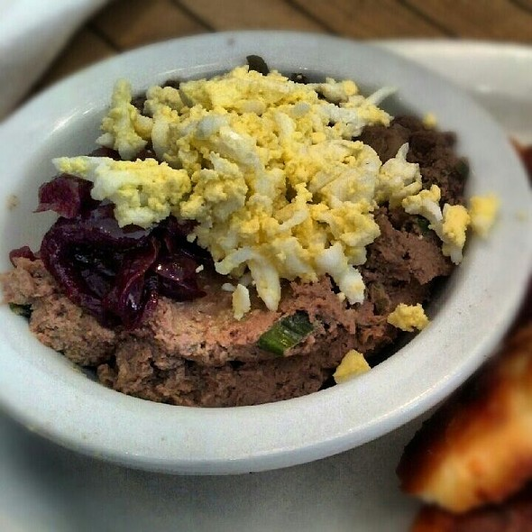 chopped liver @ Mile End Delicatessen