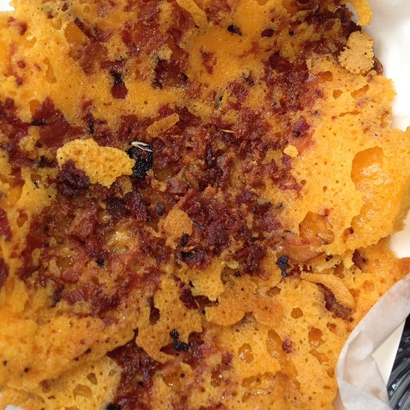 Cheddar Crisps W Bacon