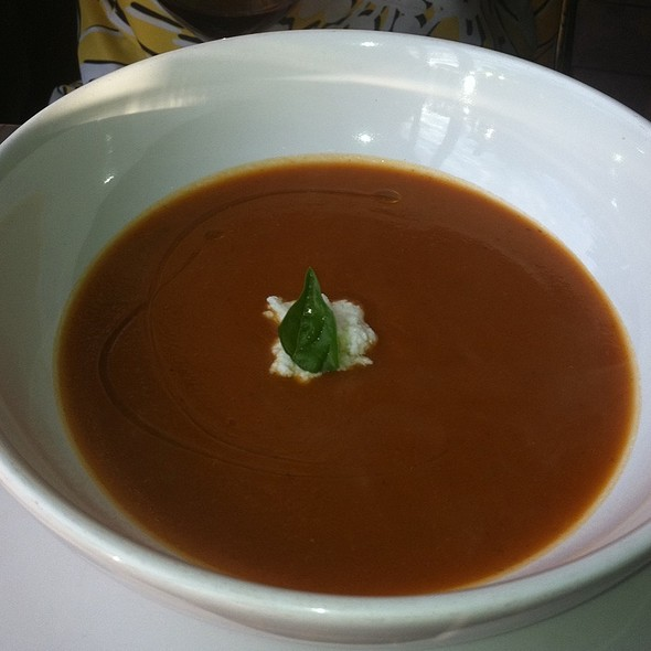 Tomato Soup @ Nick's On Broadway