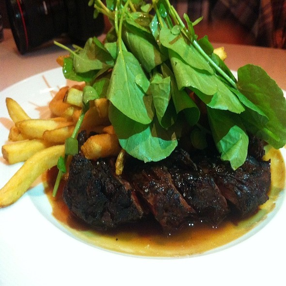 Steak Frites @ The Corner Office Restaurant + Martini Bar