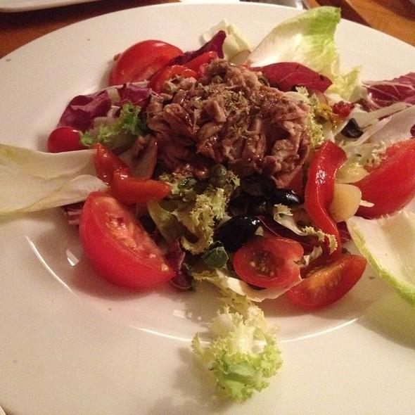 Salad Nicoise @ Vino Di Zanotti
