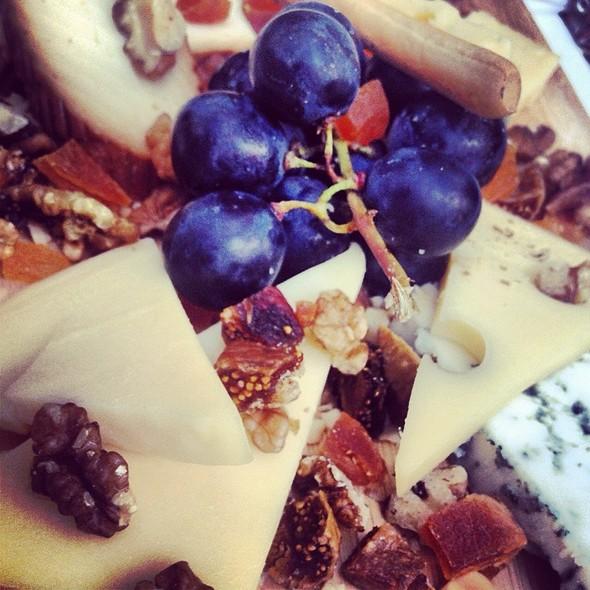 Karışık Peynir Tabağı @ Mahalle