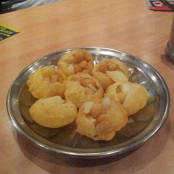 Pani Poori @ Vijay's Chawalla