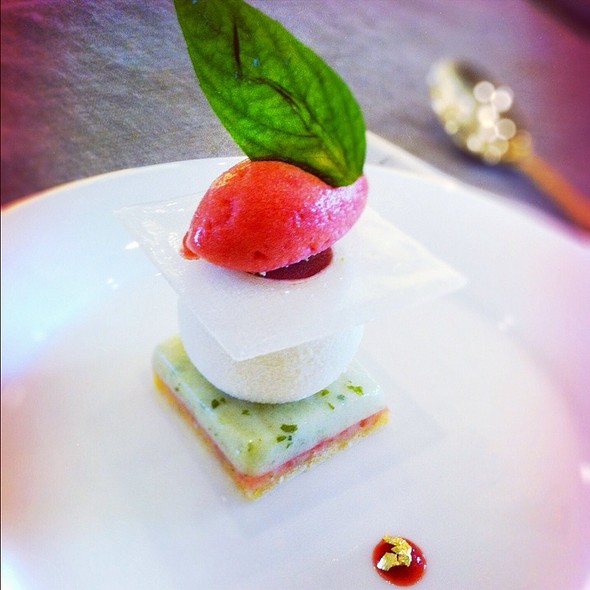 Sweet @ Italian Resurant At Burj Khalifa