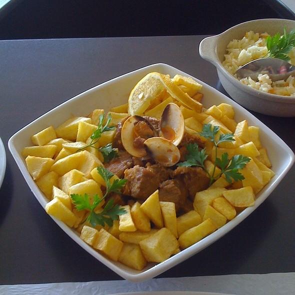 Carne de Porco à alentejana @ Restaurante Di António