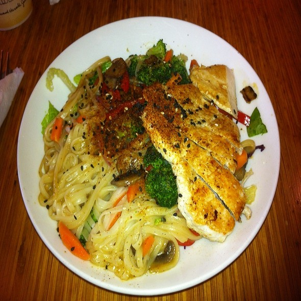 Bangkok Curry Noodles @ Noodles & Company
