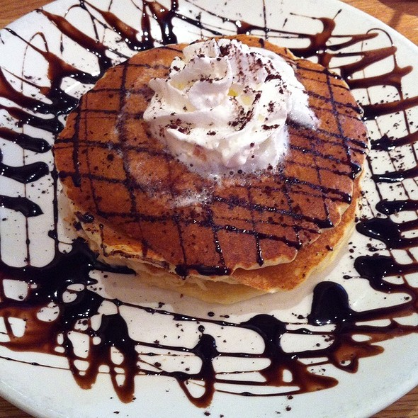 Tiramisu Pancakes
