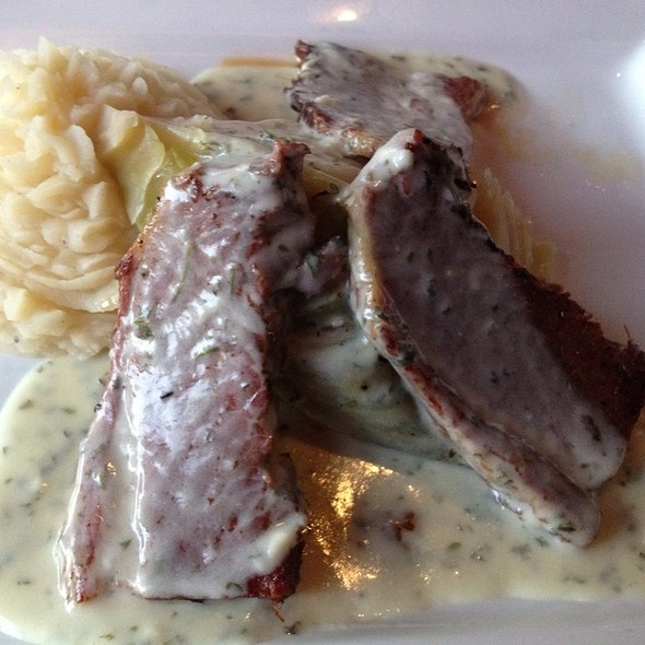 Corned beef and cabbage - Indio Restaurant & Lounge, Raleigh, NC