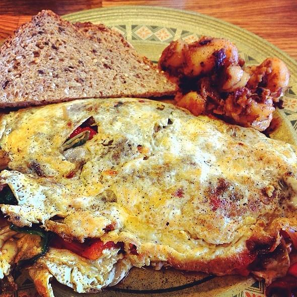 vegetable omelet - Conshohocken Cafe, Conshohocken, PA