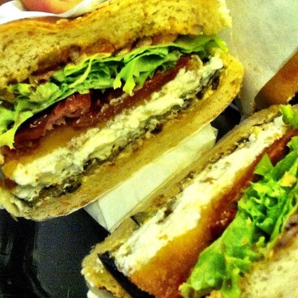Goats Cheese Burger @ Moaburger