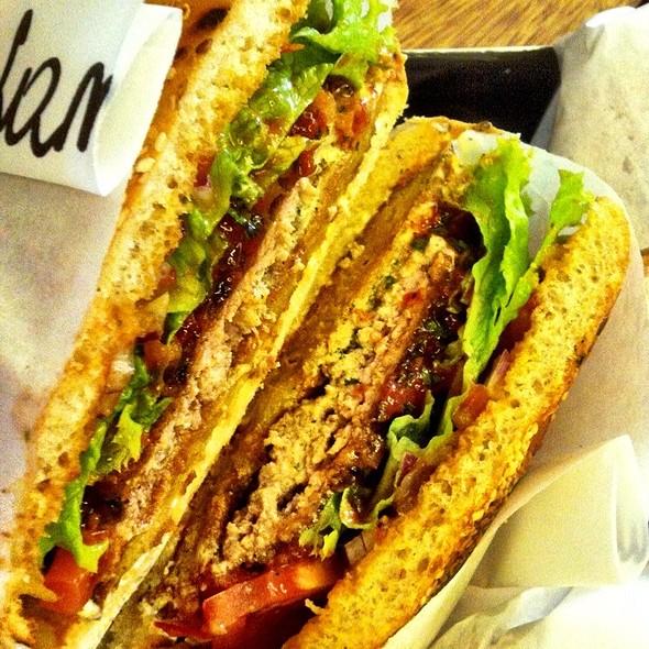 Spicy Lamb Burger @ Moaburger
