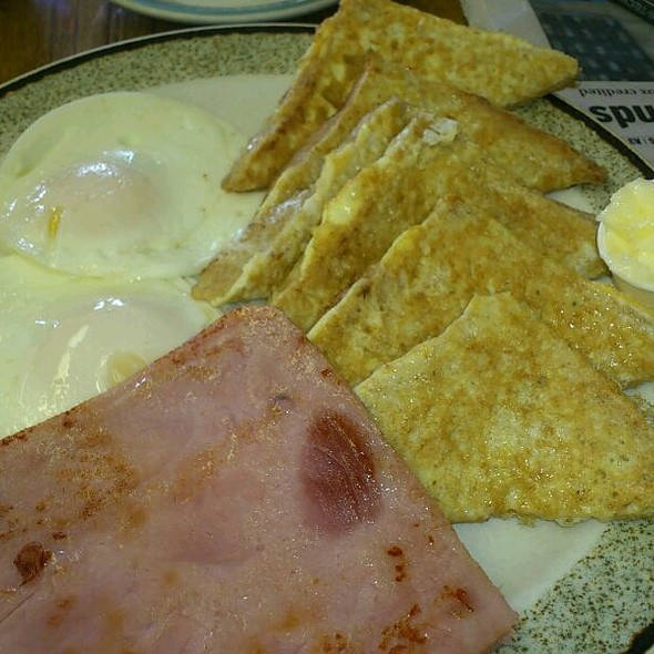 French Toast, Eggs, Ham @ Victoria Restaurant