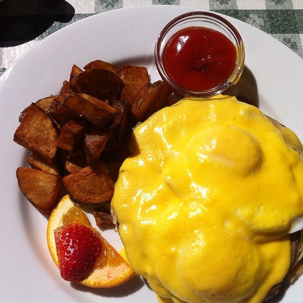 Eggs Benedict - The Weber, Denver, CO