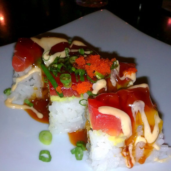 Carmichael Roll @ Mikuni Japanese Restaurant and Sushi Bar