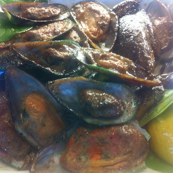 Smoked Mussels @ Union Market