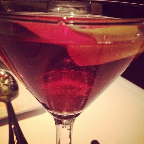 Pomagranate Martini @ Del Frisco's Double Eagle