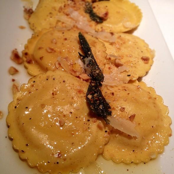Butternut squash ravioli @ Delmonico's Steakhouse