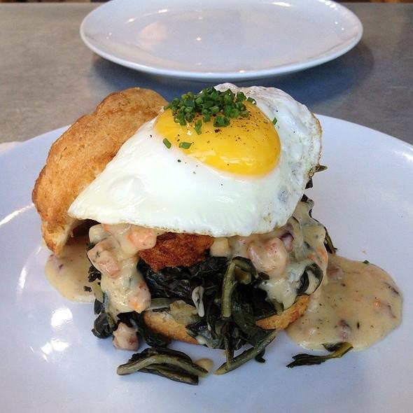 Fried Chicken, Pancetta Gravy, Jidori Egg, Greens, Biscuit - Laurel Hardware, West Hollywood, CA