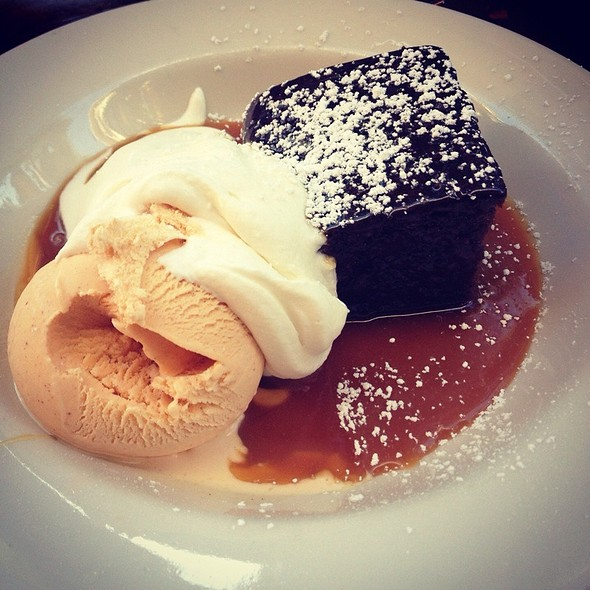 Ginger cake and pumpkin ice cream @ Park Chow