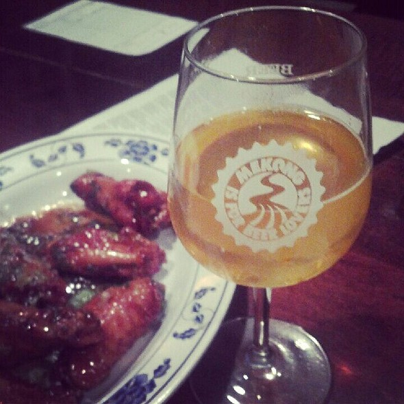 Chicken Wings In Tamarind Sauce @ MEKONG RESTAURANT