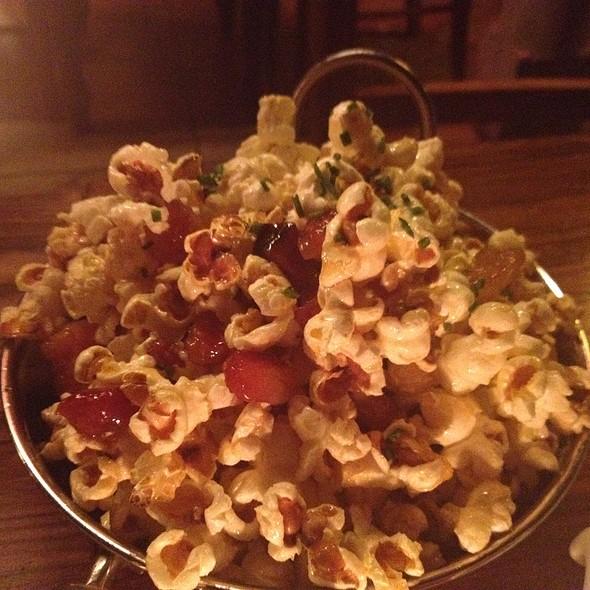 Maple Bacon Popcorn @ Alobar