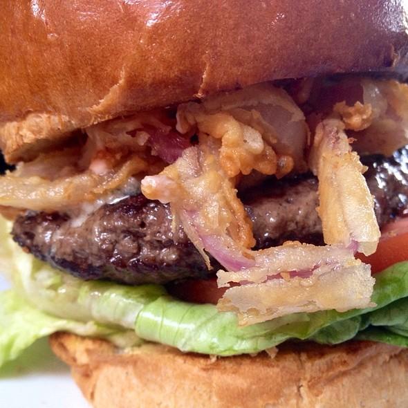 The Six Burger - The Six - Studio City, Studio City, CA