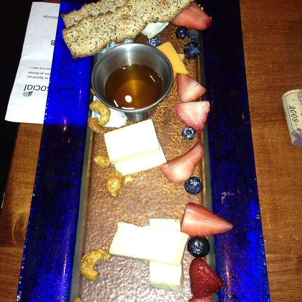 Cheese Plate - Barrett's Grill, Hunt Valley, MD