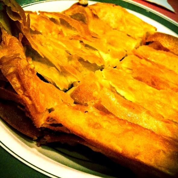Shanghai Red Bean Pancakes 窩餅 @ Restaurant Village Chicken