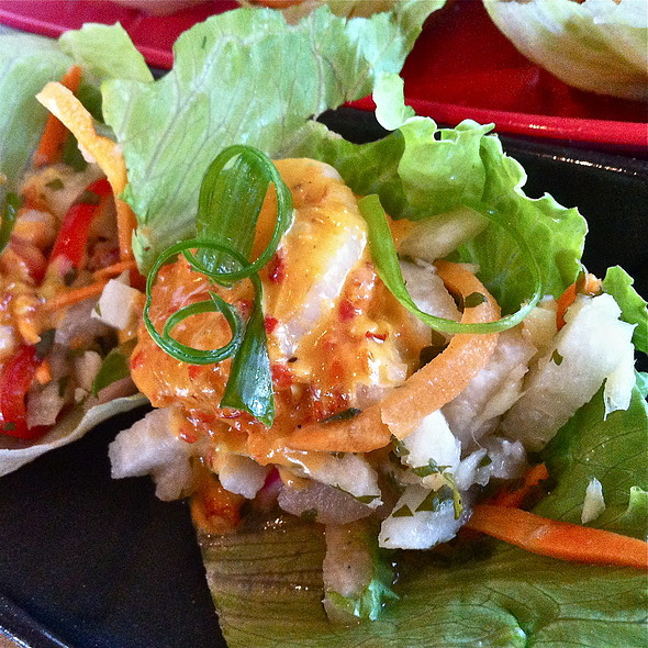 Spicy shrimp lettuce wraps - Z Grille, St. Petersburg, FL