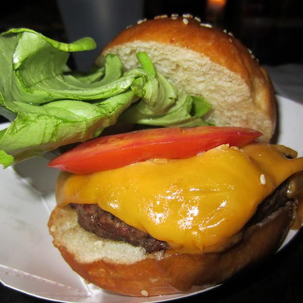 Cheeseburger @ Greenwood Park