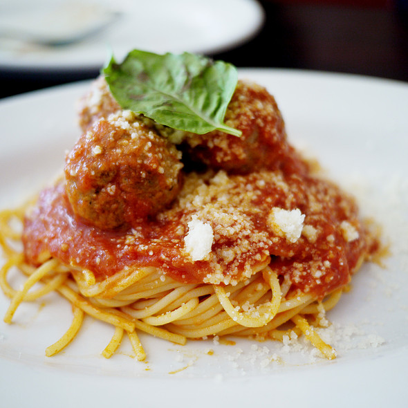 Spaghetti and Meatballs @ Brucie