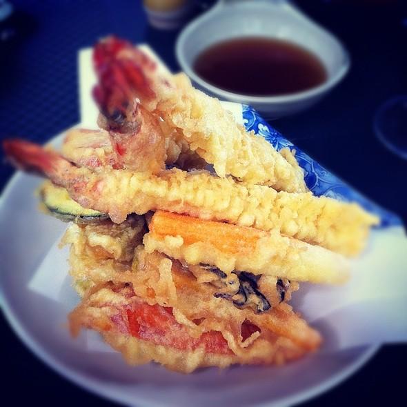 Rock Shrimp Tempura Maki @ Poporoya Sushi Bar E Alimentari Giapponesi