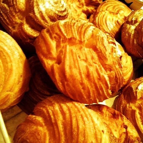 cream puffs @ Pastry Culture