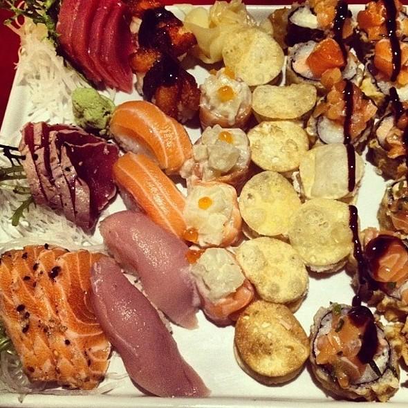 Sushi @ Manekineko Leblon