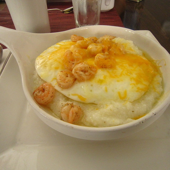 Shrimp and Grits - Tavern 17, Philadelphia, PA