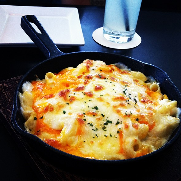 Mac and Cheese @ Blackbird Cafe