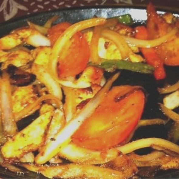 Mexican Chicken Fajitas Platter  @ El Pueblo Spanish