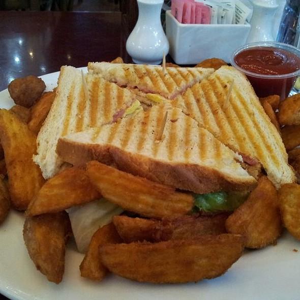 Turky Sandwich @ Souk Madinat Jumeirah