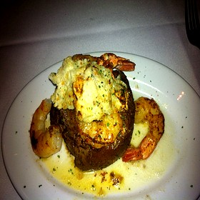 Filet Minion w/Blue Cheese crust & Jumbo Shrimp