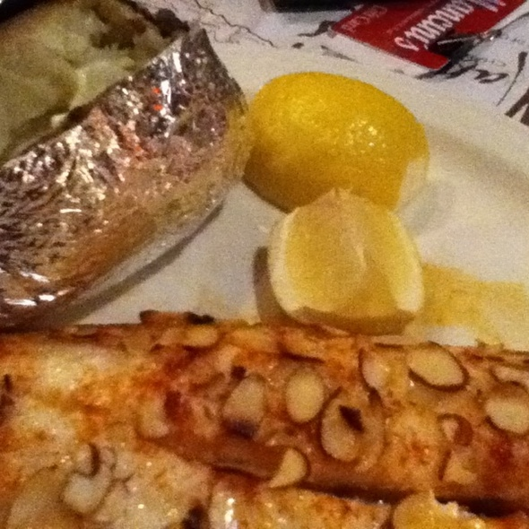 Walleye Dinner @ Mancinis Char House