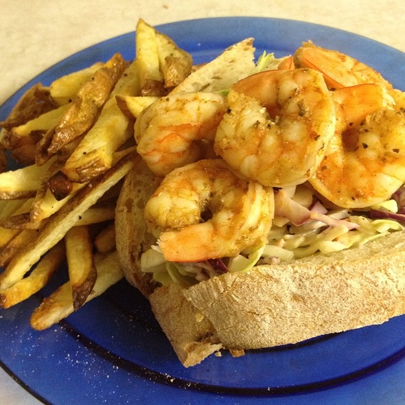 Spicy Shrimp Sandwich W/ Baked Fries @ Cooking At Pearl