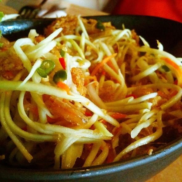 Catfish Mango Salad @ Thai Thai Restaurant