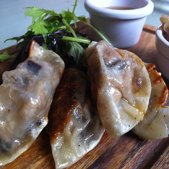 Pork belly and black pudding gyoza @ Sussex Yeoman