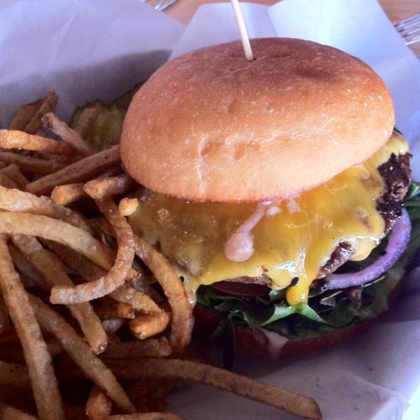 Cheeseburger @ Spinburger