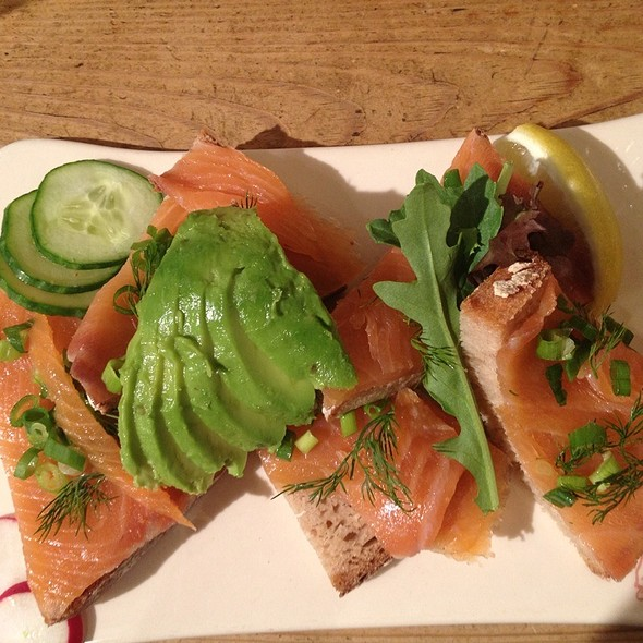 Smoked Atlantic Salmon Tartine @ Le Pain Quotidien